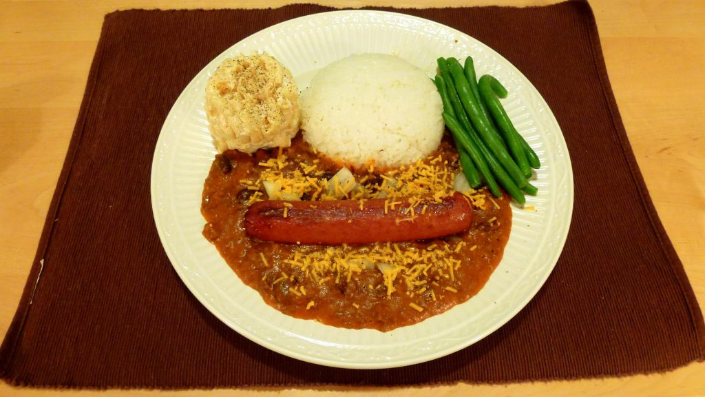 Eat like a local in Hawaii by trying Zippy's chili.