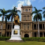 The statue of King Kamehameha in front of Ali'iolani Hale