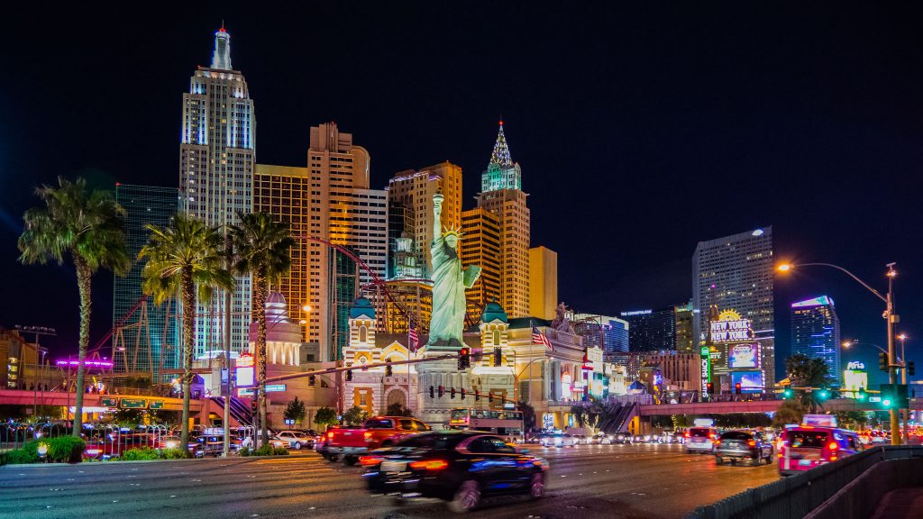 What are the unusual things to do in Las Vegas.