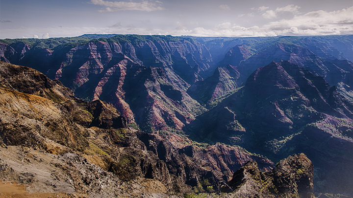 Visiting the Grand Canyon of the Pacific should be included in planning a trip to Hawaii.